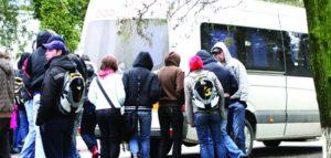 Firmele de transport persoane OBLIGATE sa asigure transportul elevilor. Altfel, li se  retrage licenta